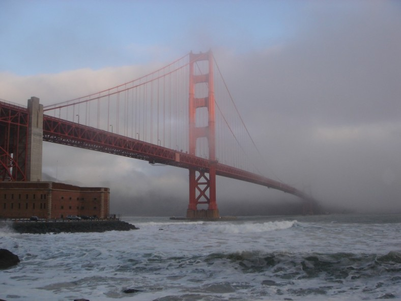 13-Golden-Gate-Bridge-In-Fog-1024x768