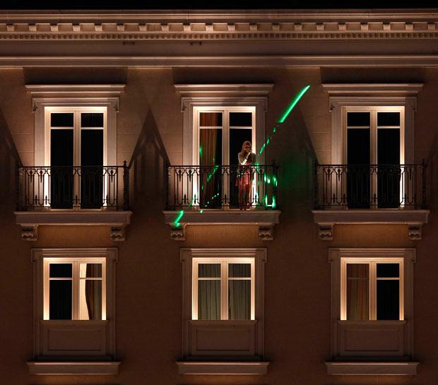 laser-woman_1911374i