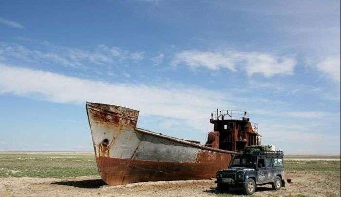 abandoned-ships-24